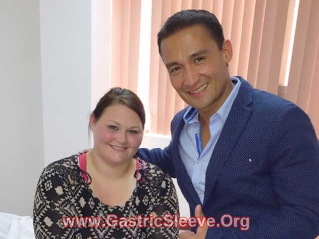 Brittany with her Gastric Sleeve Surgeon in Tijuana